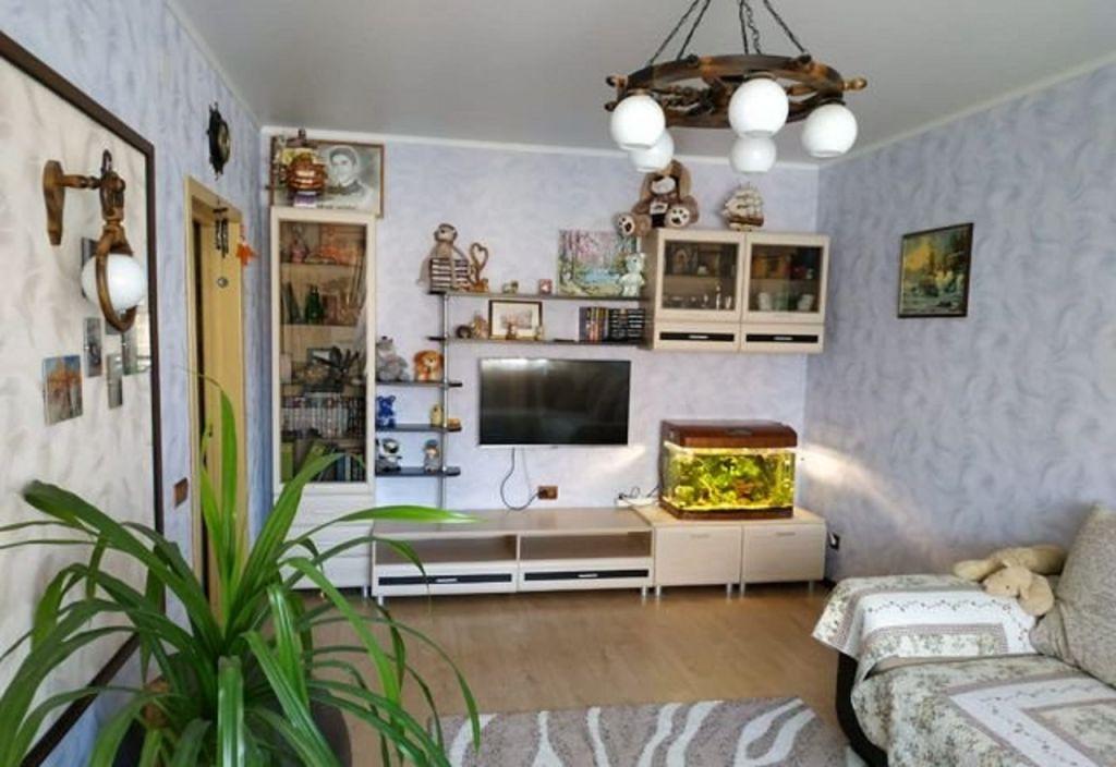 Продажа 2-комнатной квартиры, Старый Оскол, Степной мкр,  16