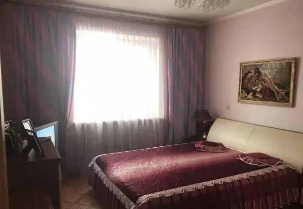 Продажа 2-комнатной квартиры, Старый Оскол, Комсомольский пр-кт,  29