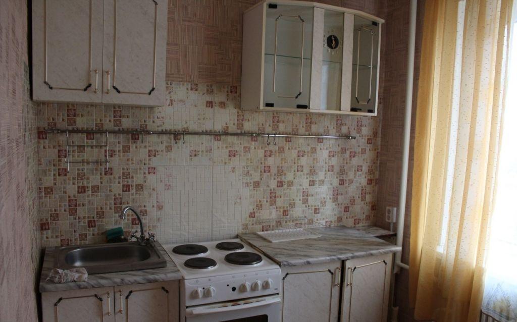 Аренда 1-комнатной квартиры, Старый Оскол, Макаренко мкр,  36