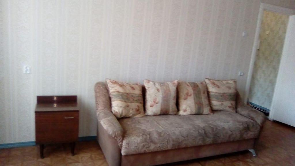 Аренда 1-комнатной квартиры, Старый Оскол, Восточный мкр,  12