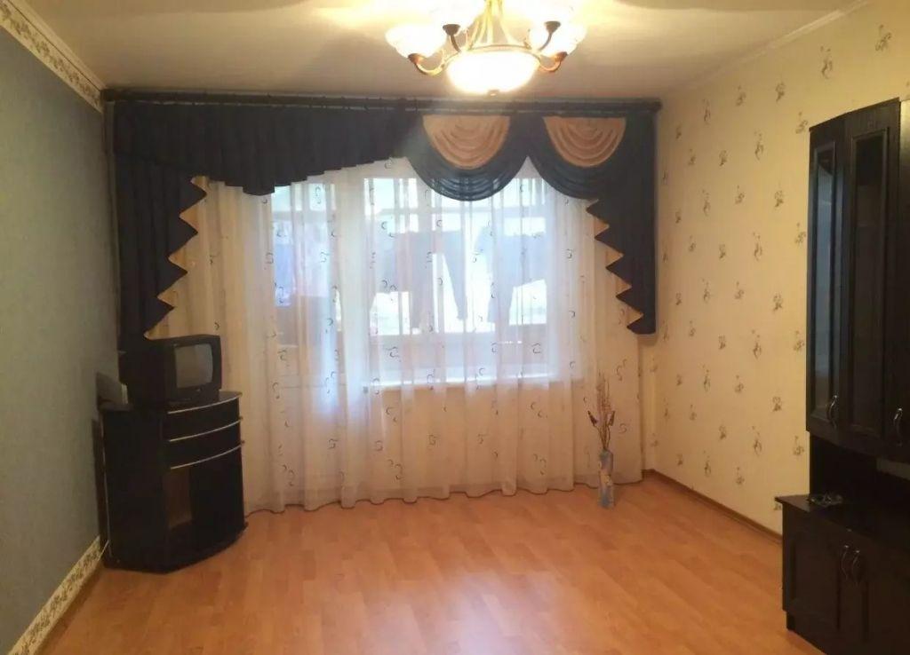 Продажа комнаты, 16м <sup>2</sup>, Старый Оскол, Макаренко мкр,  38