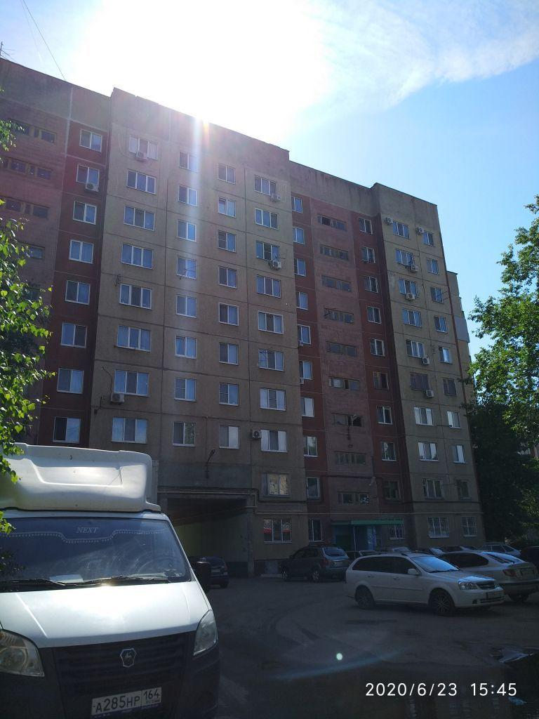 Продажа 3-комнатной квартиры, Энгельс, Краснодарская ул,  4