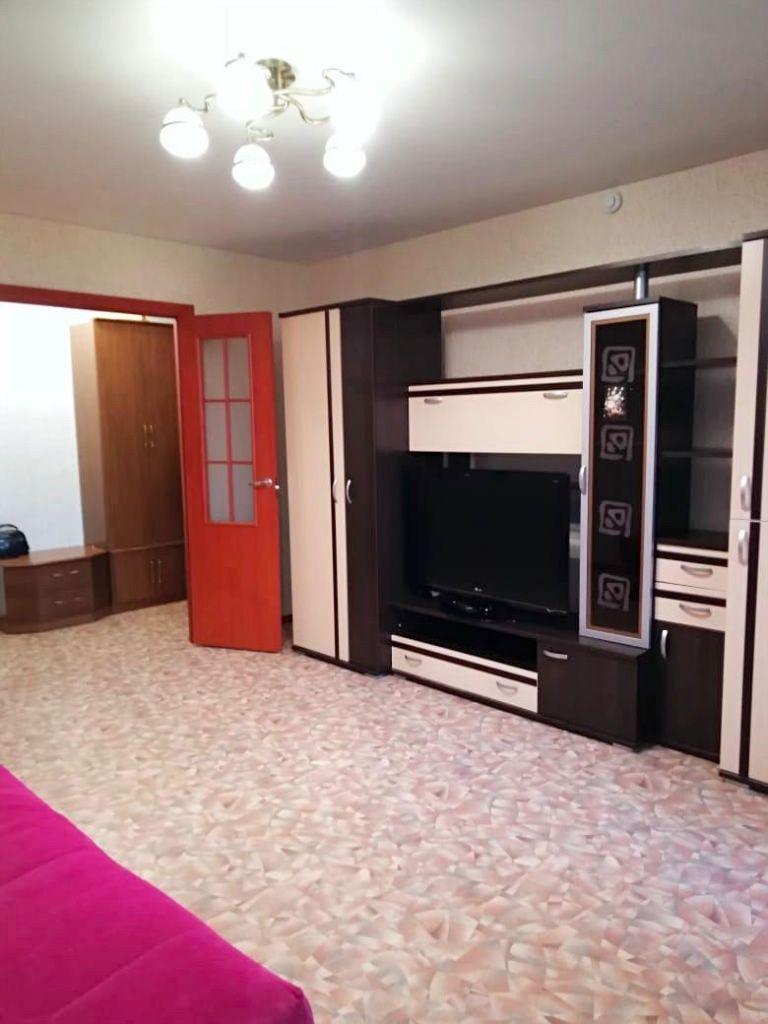 Аренда 1-комнатной квартиры, Ярославль, Строителей ул,  16к3