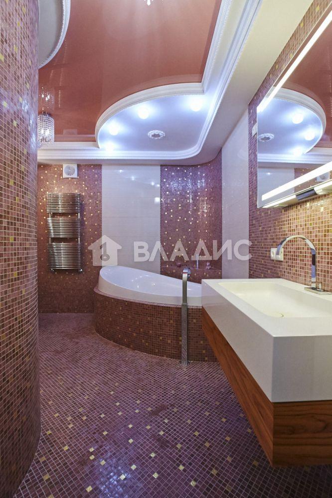 Продажа 4-комнатной квартиры, Нижний Новгород, Варварская ул,  40А