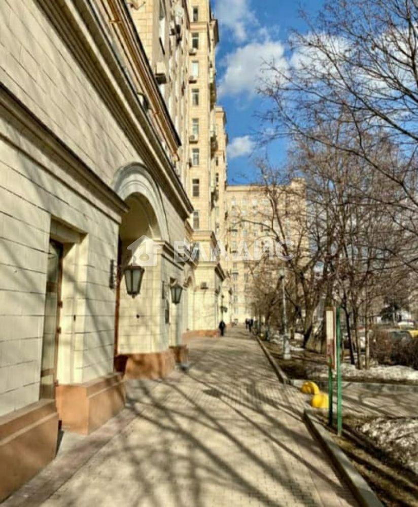 Продажа комнаты, Москва, Победы пл,  2к2