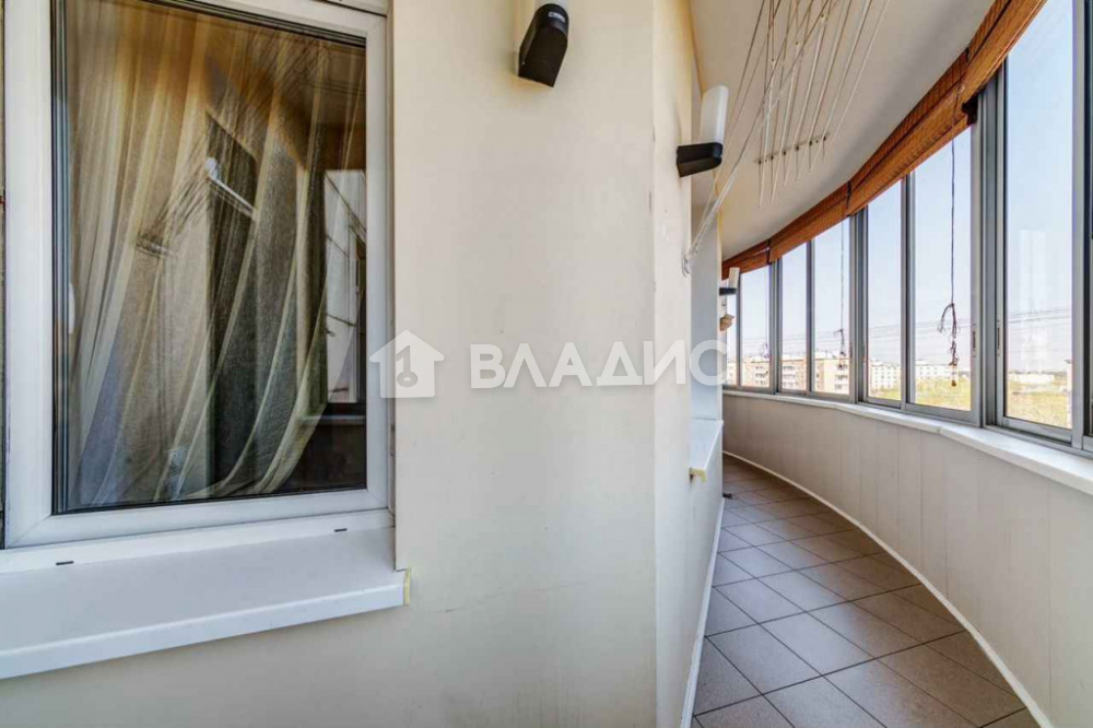 Аренда 3-комнатной квартиры, Москва, Слесарный пер,  3