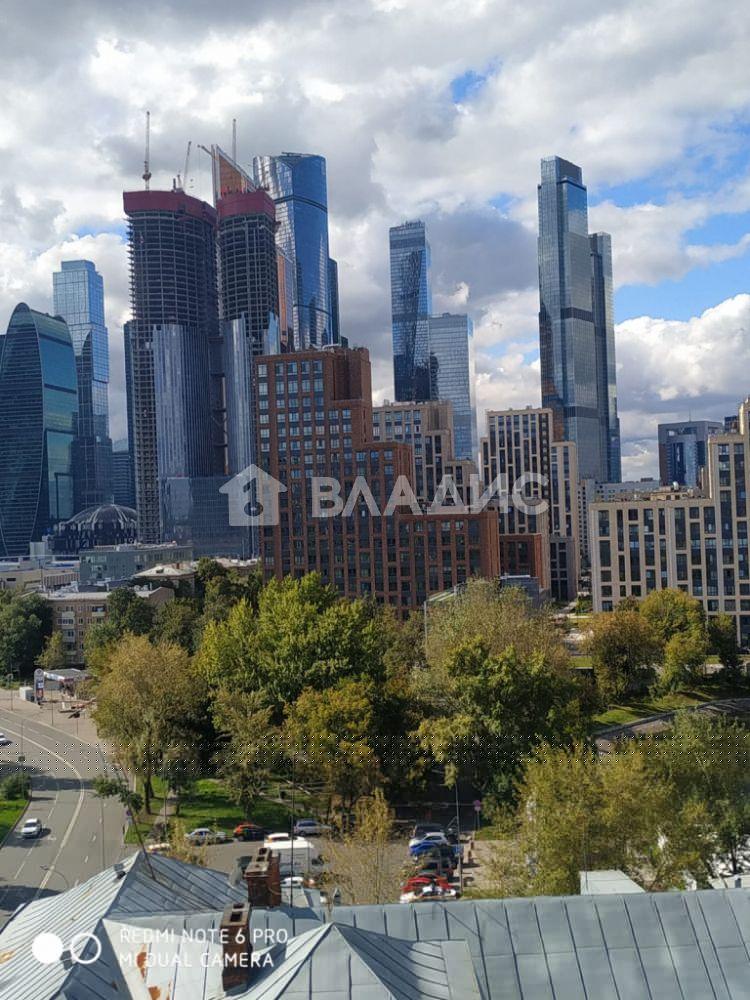 Аренда 3-комнатной квартиры, Москва, Сергея Макеева ул,  1
