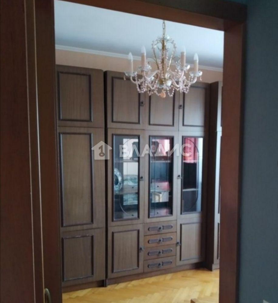 Аренда 1-комнатной квартиры, Москва, Веерная ул,  7к2