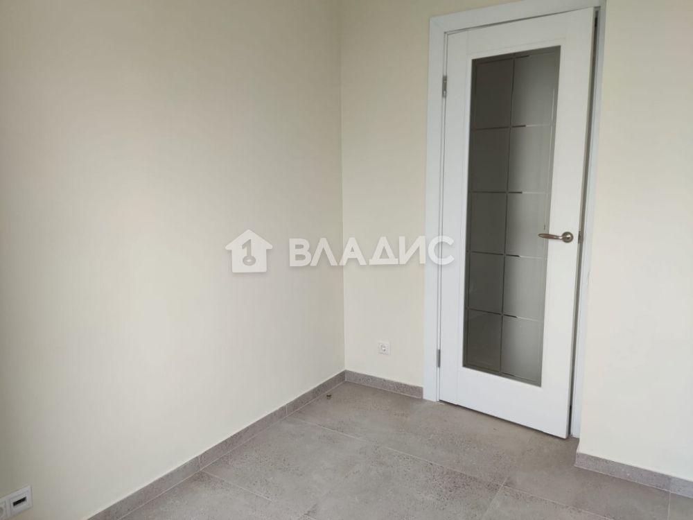 Аренда 3-комнатной квартиры, Москва, Профсоюзная ул,  8к2
