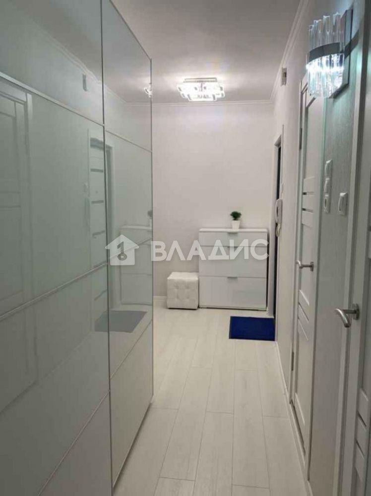 Аренда 3-комнатной квартиры, Москва, Кировоградская ул,  5