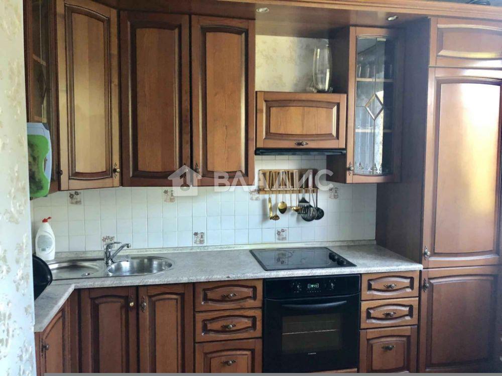 Аренда 3-комнатной квартиры, Москва, Керамический проезд,  73к1